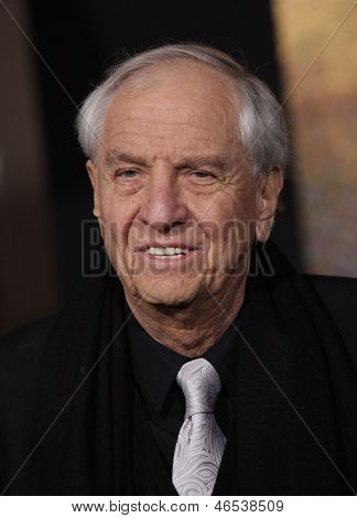 LOS ANGELES - DEC 05:  GARRY MARSHALL arriving to