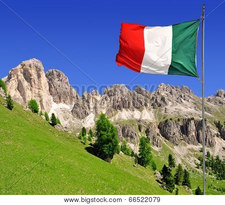 Dolomite peaks Rosengarten,Val di Fassa, Italy Alps