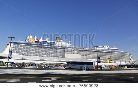 First passengers arriving at Newest Royal Caribbean Cruise Ship Quantum of the Seas