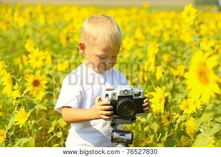 funny baby photographer