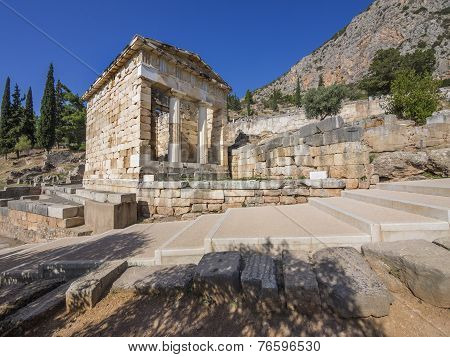 The reconstructed Treasury of Delphi