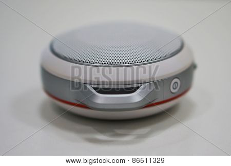 Small Size Portable Loudspeaker