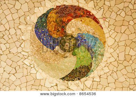 Gaudi Mosaic, Rosette