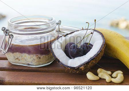 Cherry Coconut Banana Overnight Oats