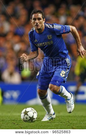 LONDON, ENGLAND. September 19 2012 Chelsea's English midfielder Frank Lampard runs with the ball during the UEFA Champions League football match between Chelsea and Juventus played at Stamford Bridge