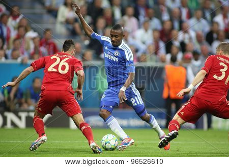 MUNICH, GERMANY May 19 2012. Bayern's defender Diego Contento Chelsea's forward Salomon Kalou and Bayern's midfielder Bastian Schweinsteiger in action during the 2012 UEFA Champions League Final