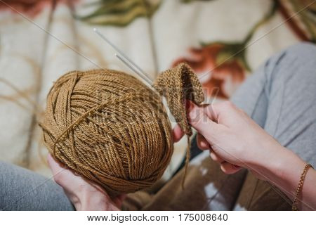 The Girl Knits Spokes. The Girl Knits A Sweater Spokes From The Shestyankh Of Threads.