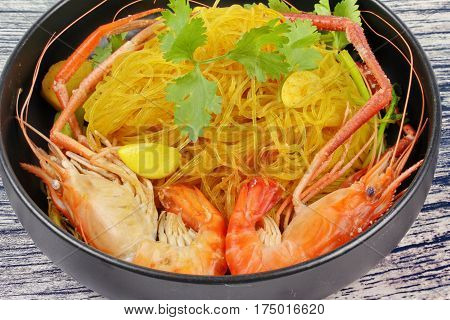 Casseroled Prawns Shrimps With Glass Noodles