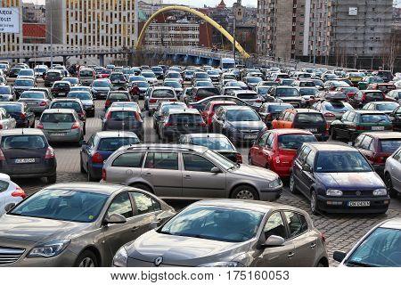Full Parking