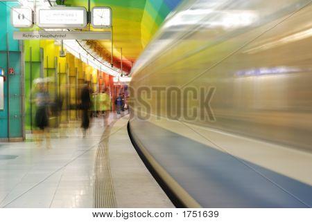 Entering Subway