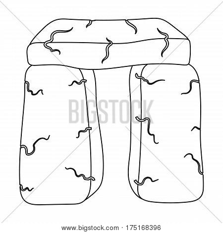 Scottish stone monument icon in outline design isolated on white background. Scotland country symbol stock vector illustration.