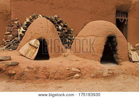 Pueblo clay oven in El Rancho de las Golondrinas