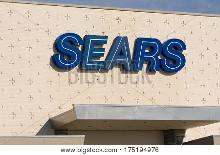 Sears Retail Department Store Exterior And Logo