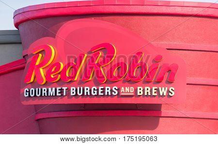 Red Robin Gourmet Burger Exterior And Logo