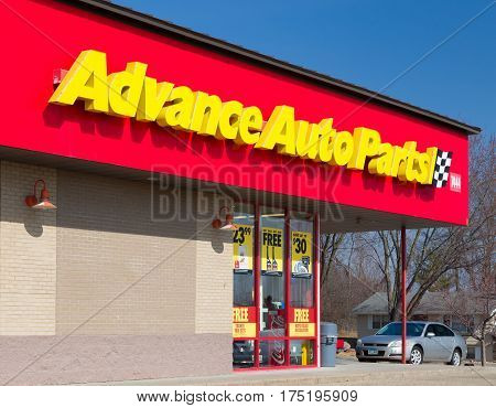 Advance Auto Parts Store And Logo