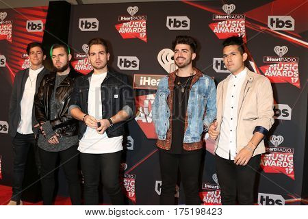 LOS ANGELES - MAR 5:  Matt Rey, Tomas Slemenson, Juan Pablo Casillas, Hector Rodriguez, Ismael Cano, Los 5 at the 2017 iHeart Music Awards at Forum on March 5, 2017 in Los Angeles, CA