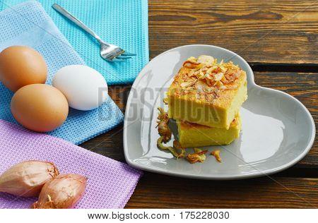 Mung Bean Thai Custard Dessert Recipe (Thai name is Khanom Maw Kaeng).