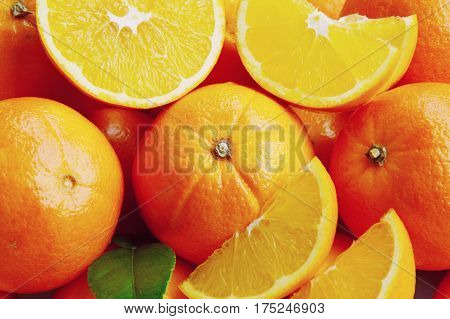 close up from a lot of Sweet oranges