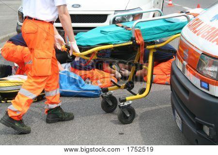 paramedical people