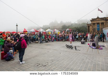 EDINBURGH, SCOTLAND. AUGUST 25. Artists perform during the Edinburgh Fringe on August 25, 2016 in Edinburgh, Scotland