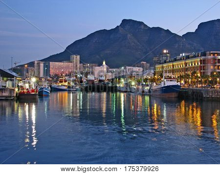 VICTORIA AND ALFRED WATERFRONT, CAPE TOWN SOUTH AFRICA 15drt