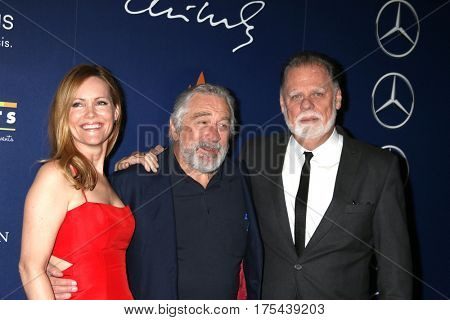 Palm Springs - JAN 15:  Leslie Mann, Robert DeNiro, Taylor Hackford at the Palm Springs International