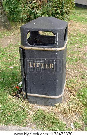 Black Plastic Litter Bin