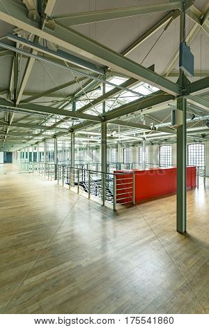 Factory Building With Steel Construction