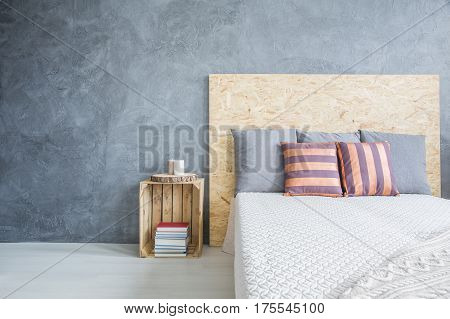 Bedroom With Diy, Wood Bed