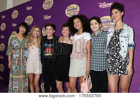 LOS ANGELES - MAR 4: Lauren Tom, Emily Skinner, Asher Angel, Peyton Elizabeth Lee, Sofia Wylie, Joshua Rush,Lilan Bowden at the