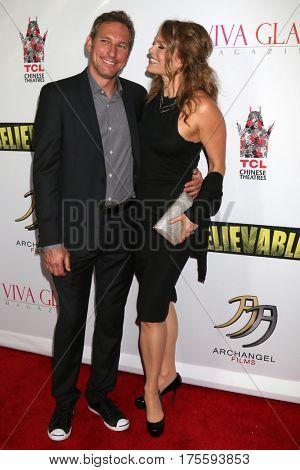 LOS ANGELES - SEP 7:  husband, Dina Meyer at the