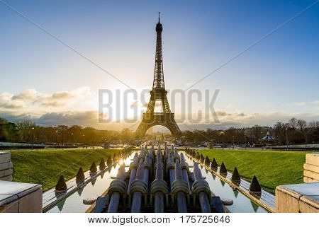 Sunrise on the Eiffel tower and Trocadero. Paris France
