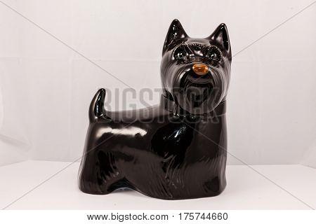 ceramic Scottie dog cookie jar (black and brown)