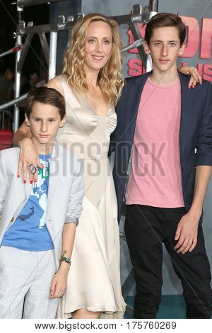 LOS ANGELES - MAR 8:  Kim Raver, sons at the