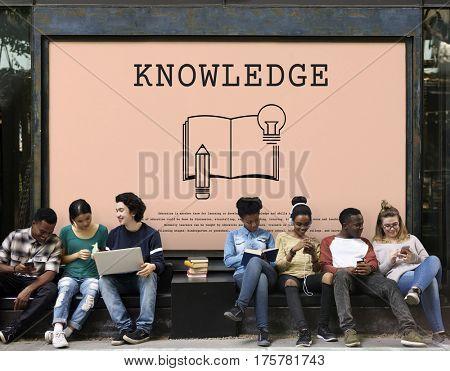 Knowledge Literacy Icon Idea Bulb Sign