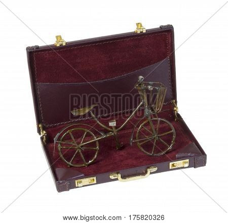 Vintage Bike used for transportion in a briefcase - path included