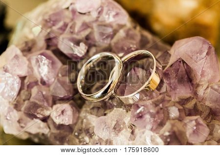 Rings Over Cristal Stones
