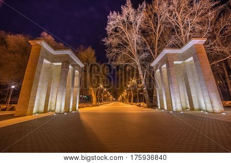 Night view of the colonnade at the entrance to Dynamo Park, Voronezh