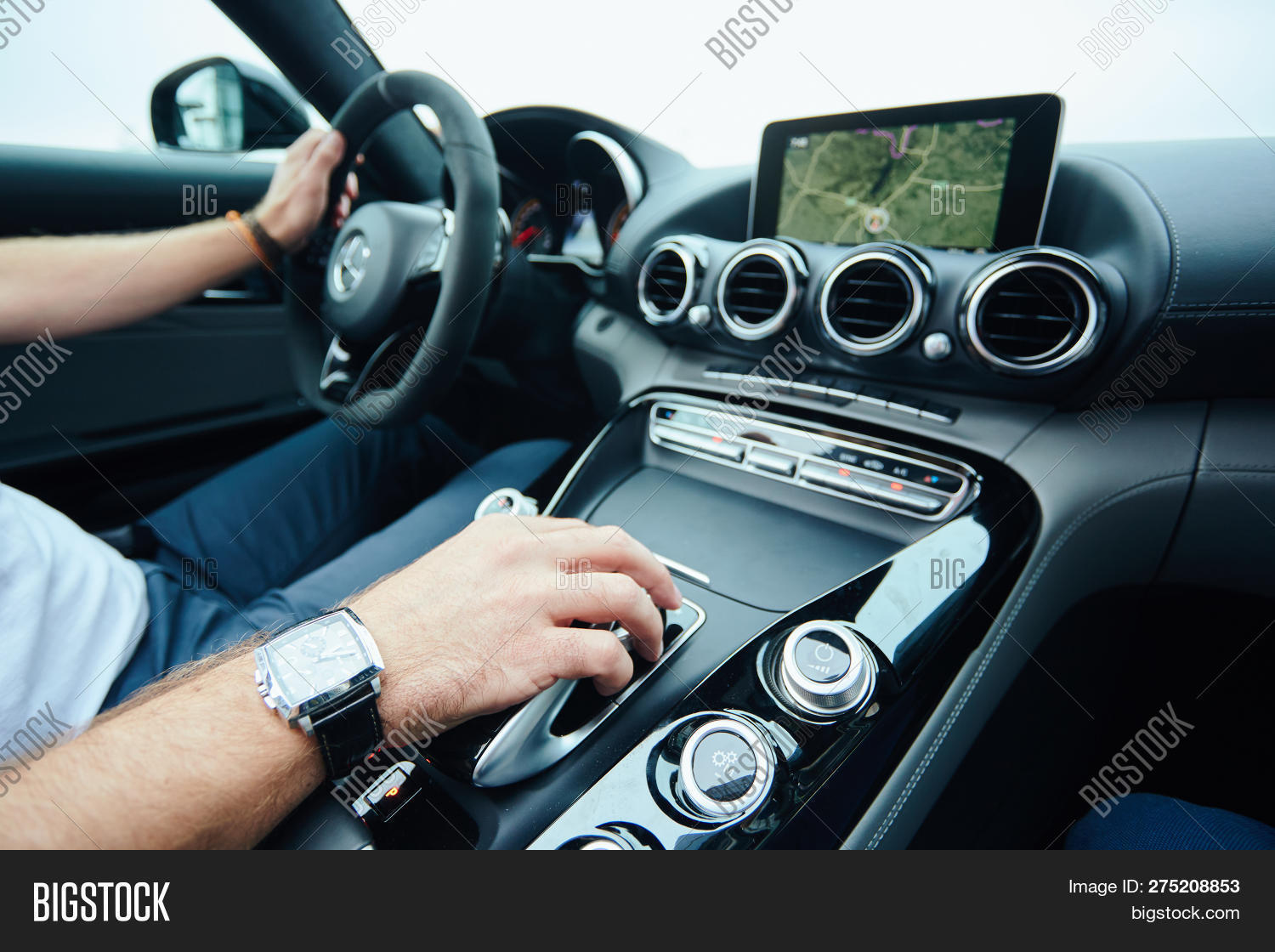 Hand On Automatic Gear Image & Photo (Free Trial) | Bigstock