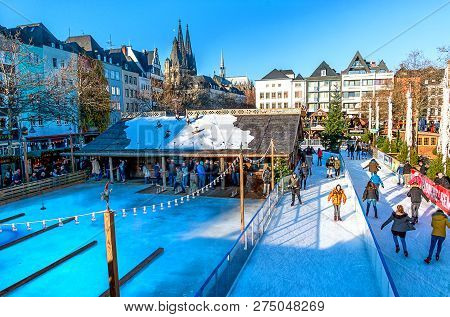 Cologne, Germany-december 13, 2018: Cologne, Germany - Christmas Market In The Old Town. In This Fai