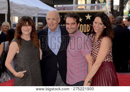 LOS ANGELES - AUG 8:  Kathryn Hahn, Jeffrey Tambor, Jay Duplass, Amy Landecker at the Jeffrey Tambor Star Ceremony on the Hollywood Walk of Fame on August 8, 2017 in Los Angeles, CA