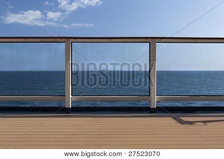 Schip rail with Seaview