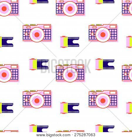 Pattern From A Camera With A Film, With Bright Colors, Isolated On A White Background, Zigzag Figura