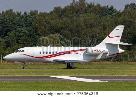 Farnborough, Uk - July 18, 2014: Tag Aviation Dassault Falcon 2000 G-fbjl.