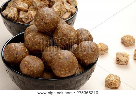 Gajak Or Tilgul Or Tilgud A Special Indian Sweet Made  From Sesame And Jaggery  And Serve At The Occ