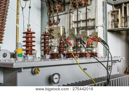 Three Phase Oil Immersed Transformer Under Induced Over Voltage Test, Focusing On Lv Terminals Which