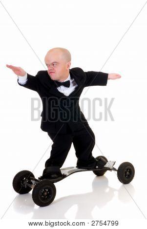 Dwarf, Surfing To Success