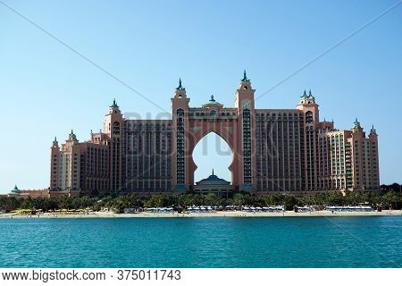 Dubai, Uae February 20, 2020: The Most Chic Atlantis Hotel, The Palm On A Palm Tree Island In Dubai