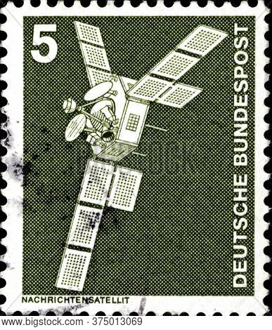 02 10 2020 Divnoe Stavropol Krai Russia The Postage Stamp Germany West Berlin 1975 Industry And Tech
