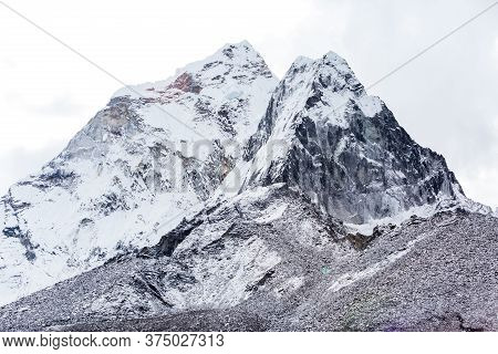 Ama Dablam Mountain View. Nepal, Sagarmatha National Park